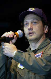 Rob Schneider blames pharmaceutical drugs linked to suicide of Robin Williams